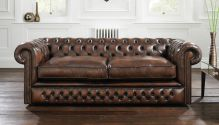 Holyrood Chesterfield Soffa